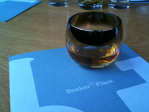 cococello-beaker-and-flask-whiskey-IMG-1452