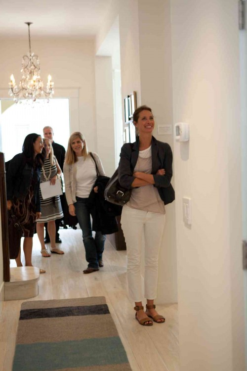 Christy arriving at Mariam's home