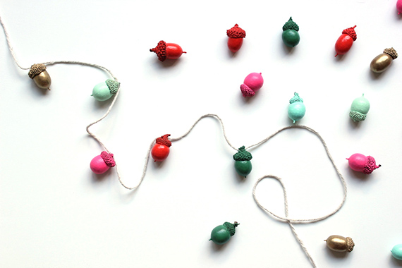 http://www.minted.com/blog/blog/2012/11/16/painted-acorn-garland/