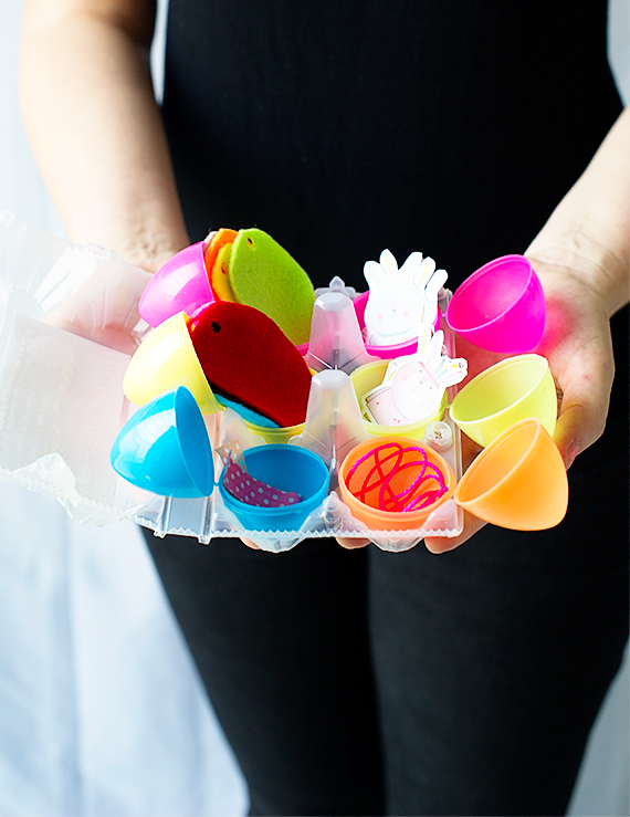 DIY Egg Garland in a Carton
