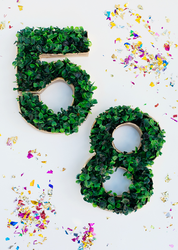 DIYFaux Grass Table Numbers