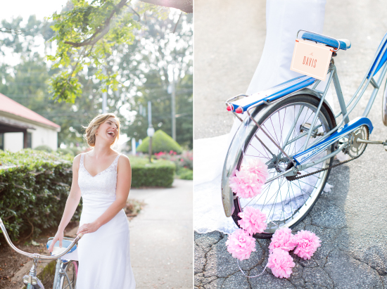 tissue poms and sign on getaway bike