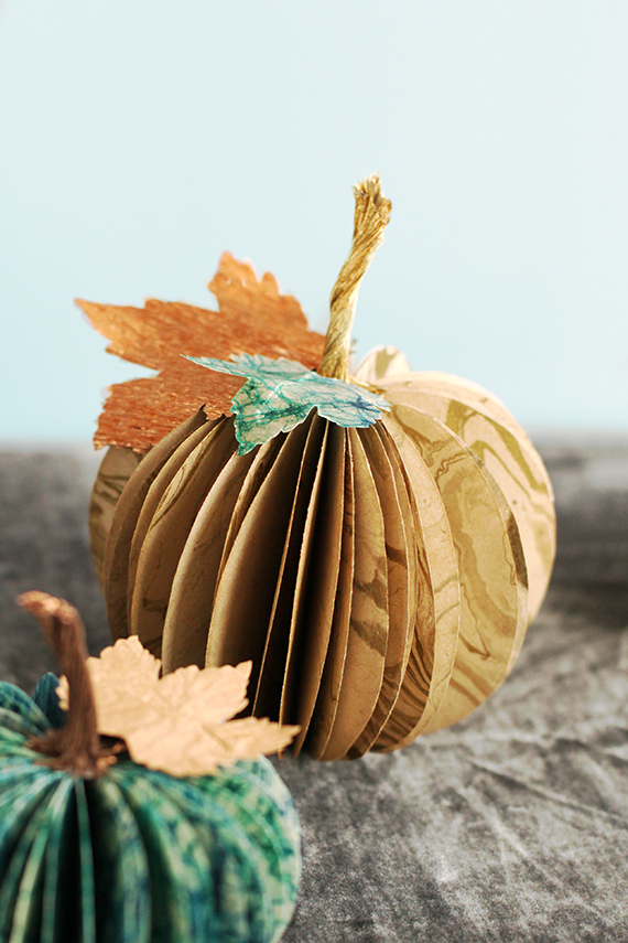 Fun And Easy Paper Pumpkin Centerpiece | Charming Thanksgiving Centerpieces For A Homestead Table Setting