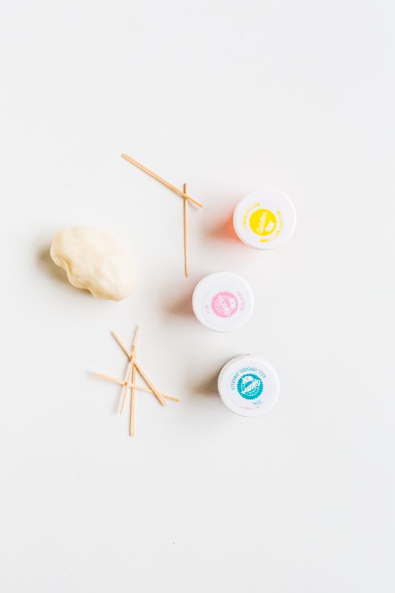 DIY pom pom cake supplies