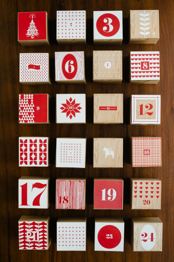 Love this DIY advent calendar