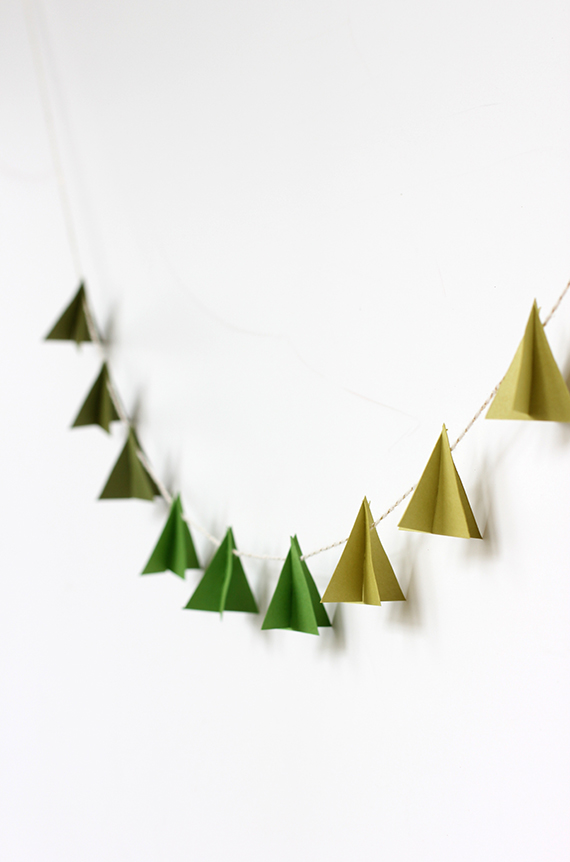 easy diy homemade christmas tree decorations diy modern paper tree garland julep