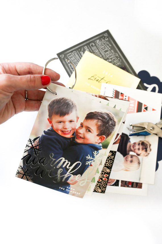 BINDER RING CHRISTMAS CARD FLIPBOOK