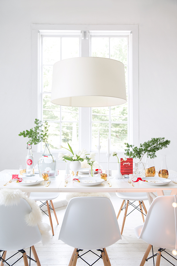 modern, simple snow dot holiday table