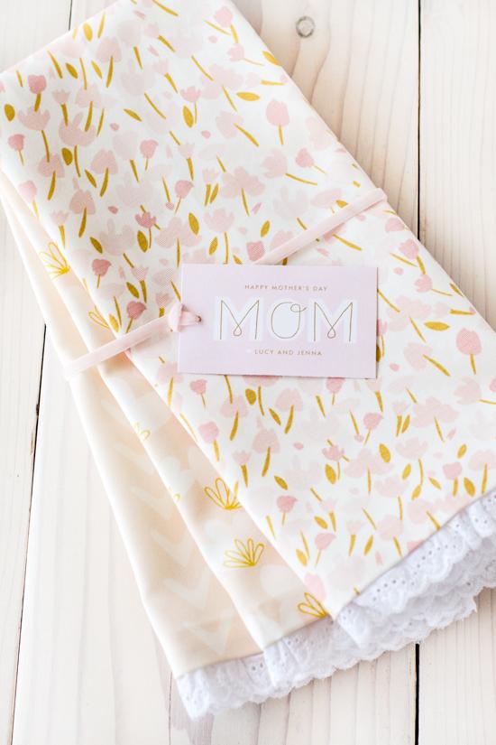 Mother's Day Gift Idea: DIY No-Sew Tea Towels
