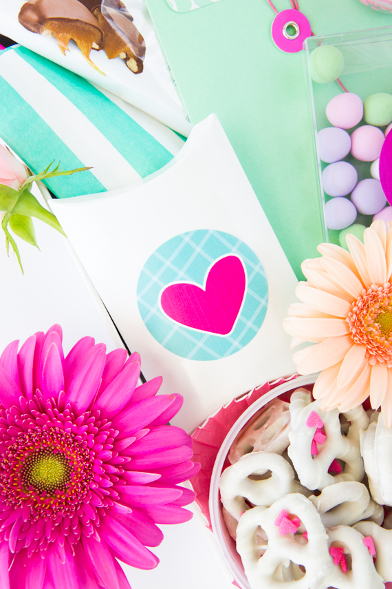 DIY: Printable Mother's Day Stickers