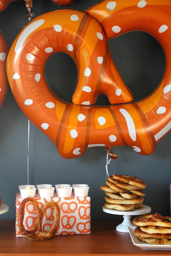 pretzel balloons