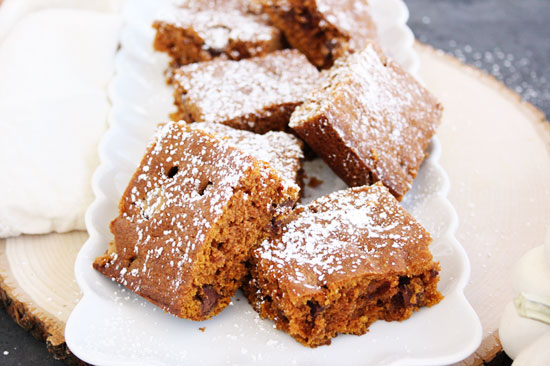 pumpkin spice cake with milk chocolate chips