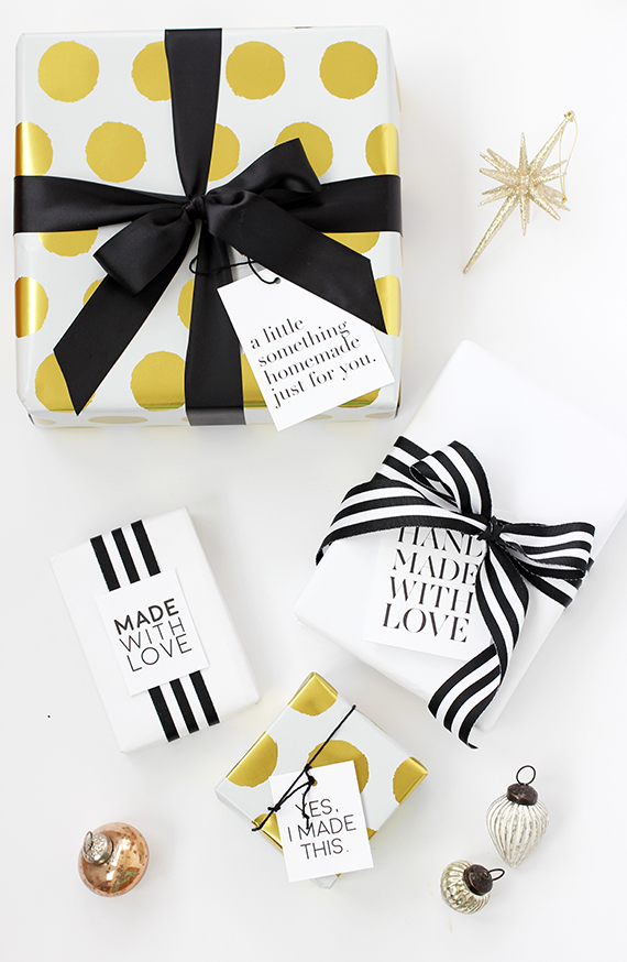 Handmade Holiday Gift Tags free printable | alice & lois for minted