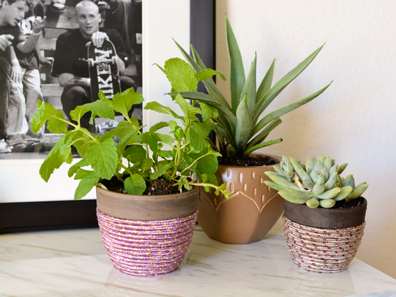 A simple tutorial for making rope planters to refresh your home decor.