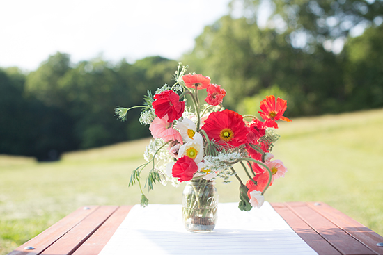 summer poppies, july fourth table styled for minted by kelli hall
