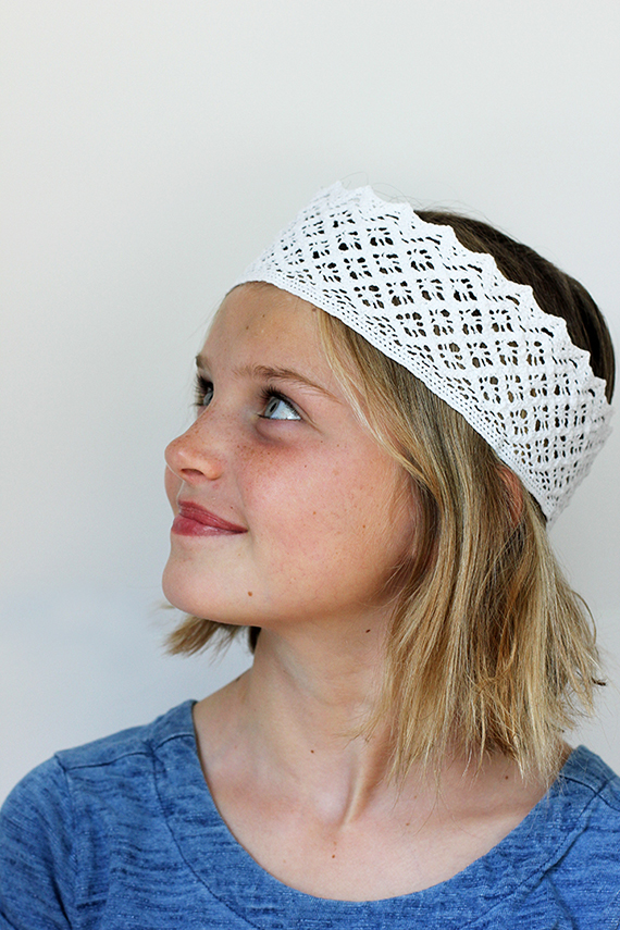 DIY Lace Crown | alice & lois for minted