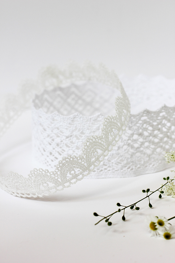 DIY Lace Crown   alice & lois for minted