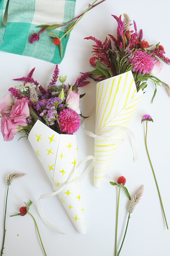 Make these sweet DIY watercolor flower bouquet wraps to add a special touch.