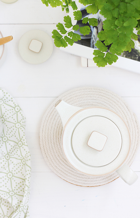 Make this simple DIY rope coil trivet.