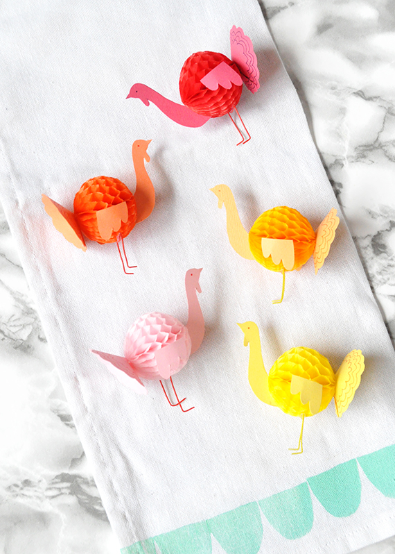 DIY Mini Honeycomb Turkeys | Julep