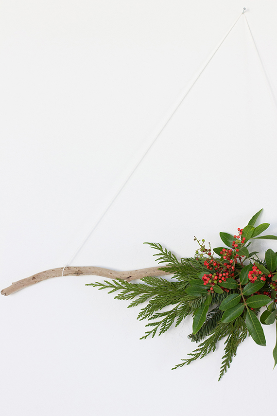 DIY Modern Organic Wreath | alice & lois for minted