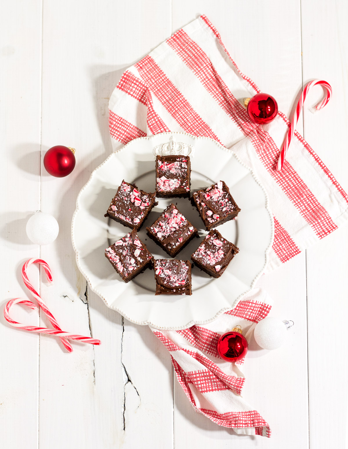 These rich and delicious peppermint fudge brownies are so simple to make!
