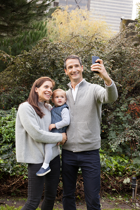 Last Minute Christmas Cards: How to Get Great Family Photos with Your Phone