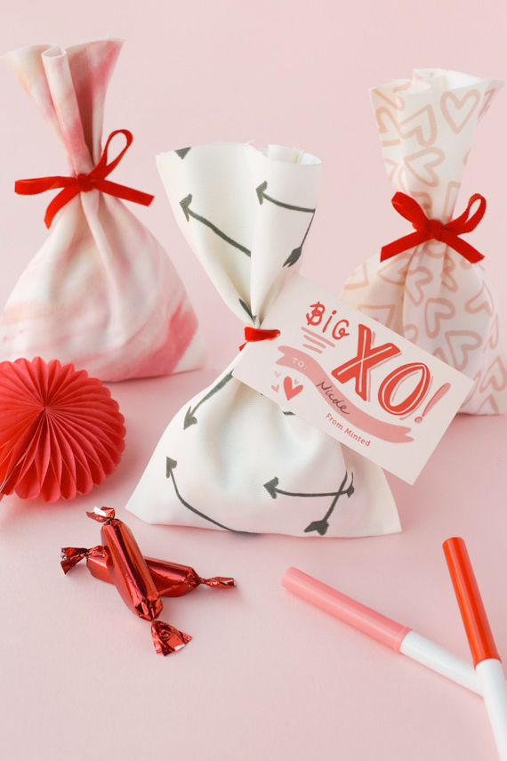 DIY No-Sew Valentines Treat Bags