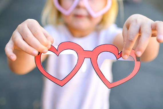 Printable heart shaped glasses for kids on Valentine's Day.